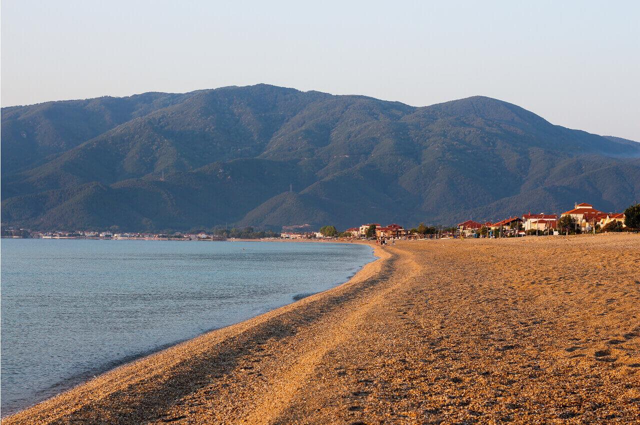 Οι 5 καλύτερες παραλίες κοντά στη Θεσσαλονίκη - Νέα Βρασνά - Alpha Drive Rent a Car