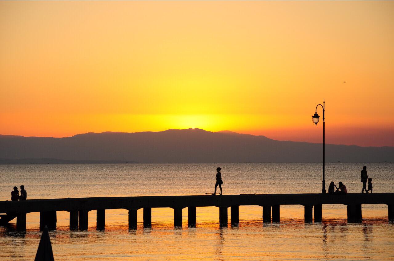 Οι 5 καλύτερες παραλίες κοντά στη Θεσσαλονίκη - Περαία - Alpha Drive Rent a Car